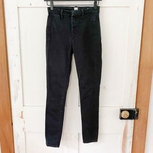 GAP skinny mid-high rise black pant sz 0